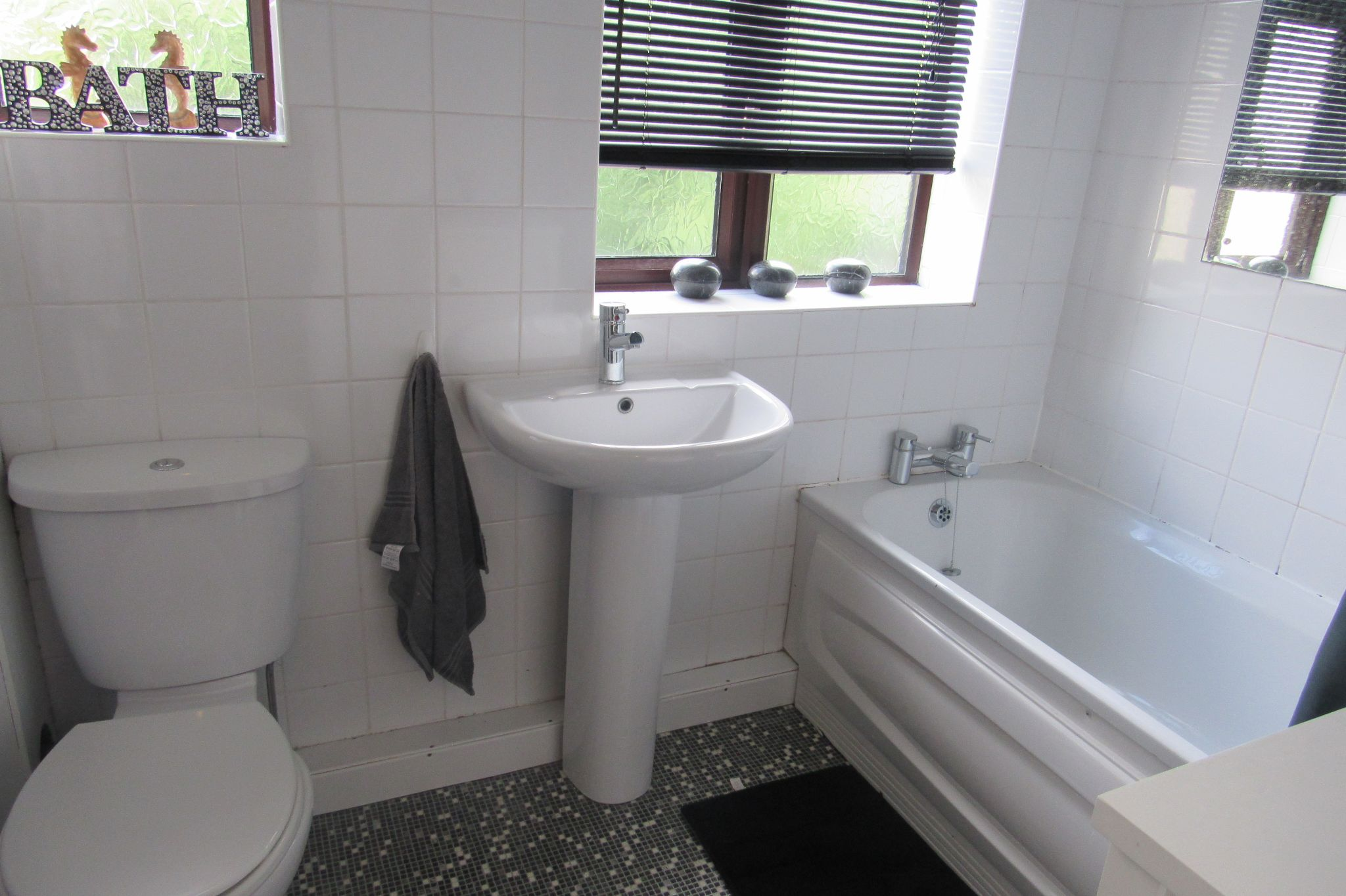 2 bedroom mid terraced house Under Offer in Manchester - Photograph 13.