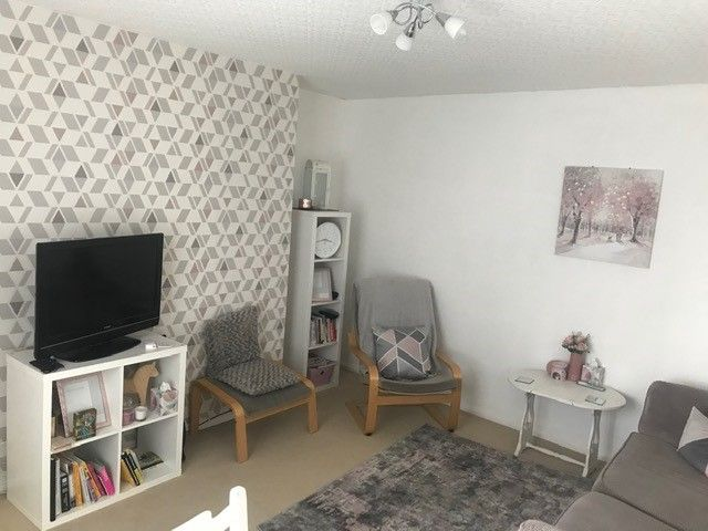 2 bedroom mid terraced house Under Offer in Manchester - Photograph 3.