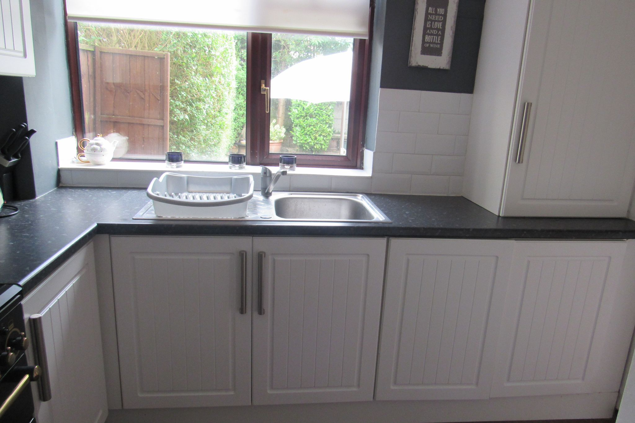 2 bedroom mid terraced house Under Offer in Manchester - Photograph 6.