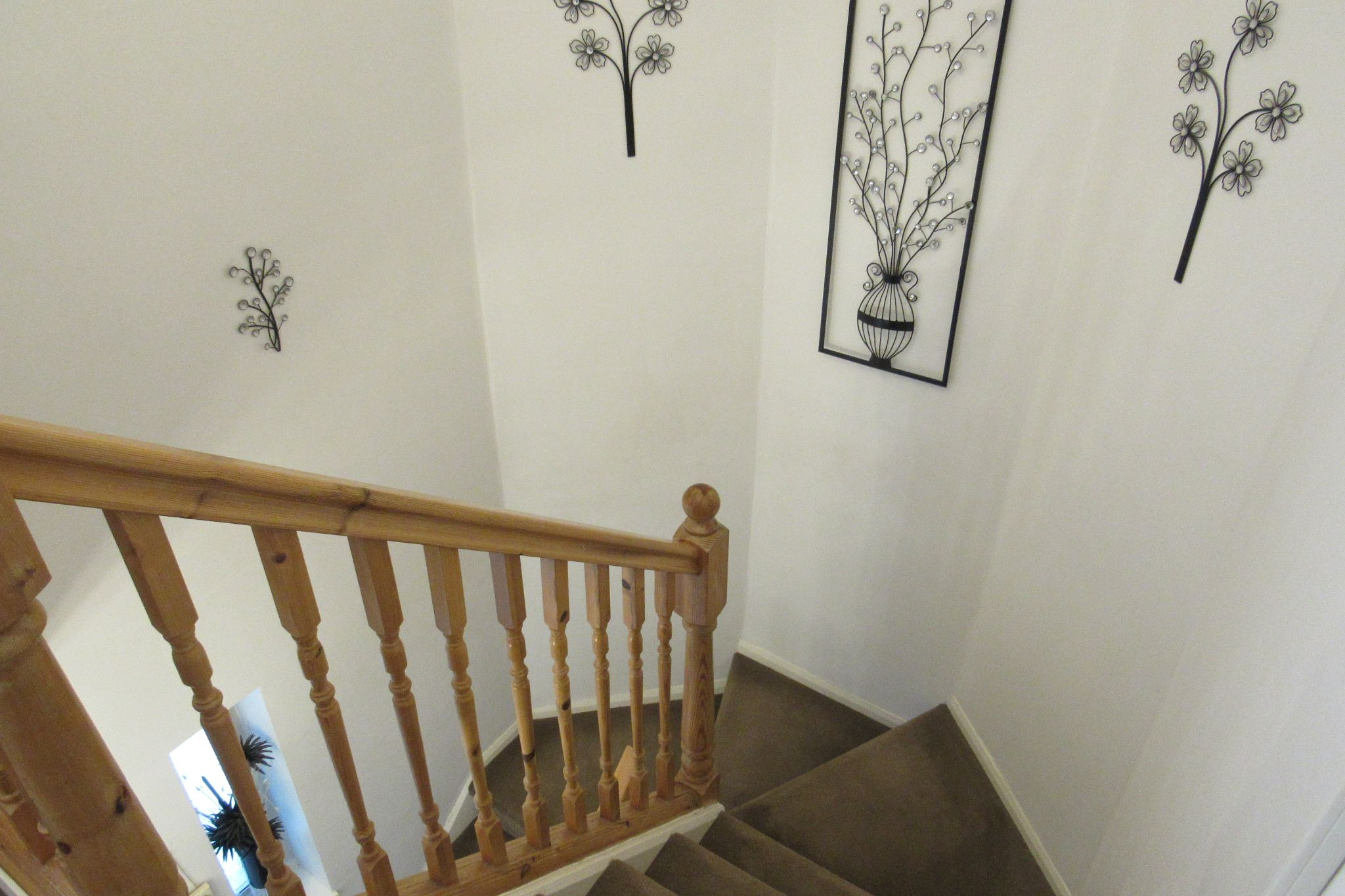 3 bedroom mid terraced house SSTC in Manchester - Photograph 5.