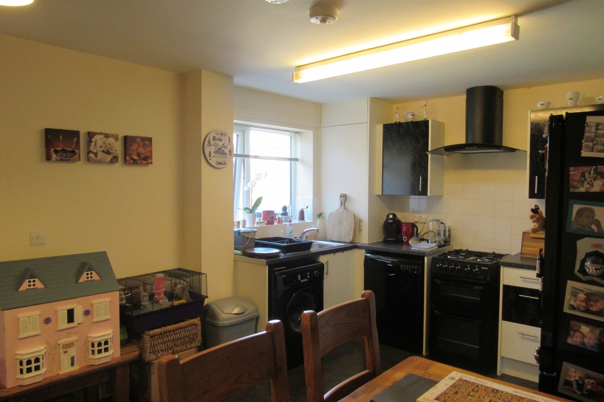 3 bedroom semi-detached house SSTC in Manchester - Photograph 5.