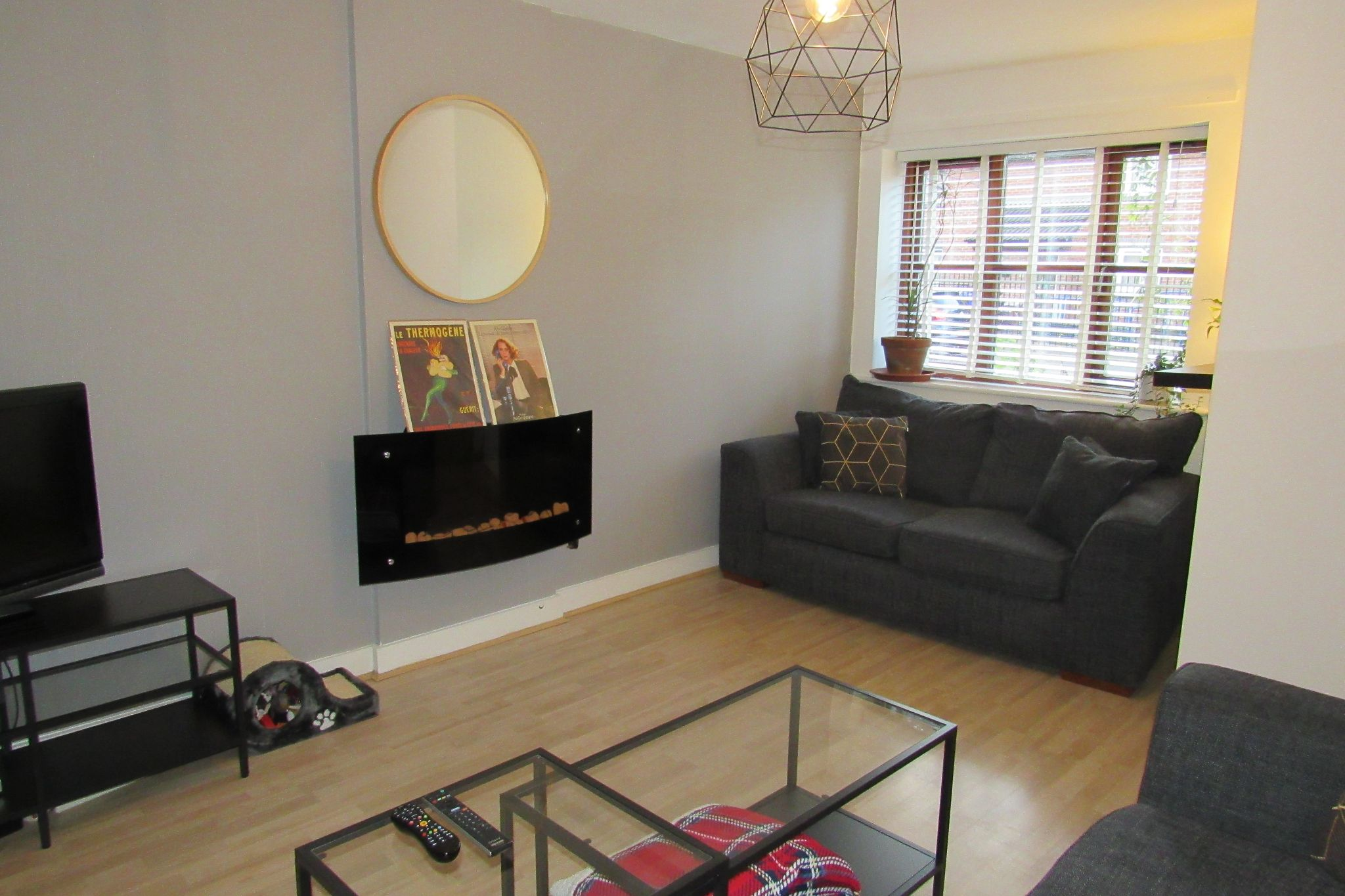 2 bedroom semi-detached house SSTC in Northenden - Photograph 8.