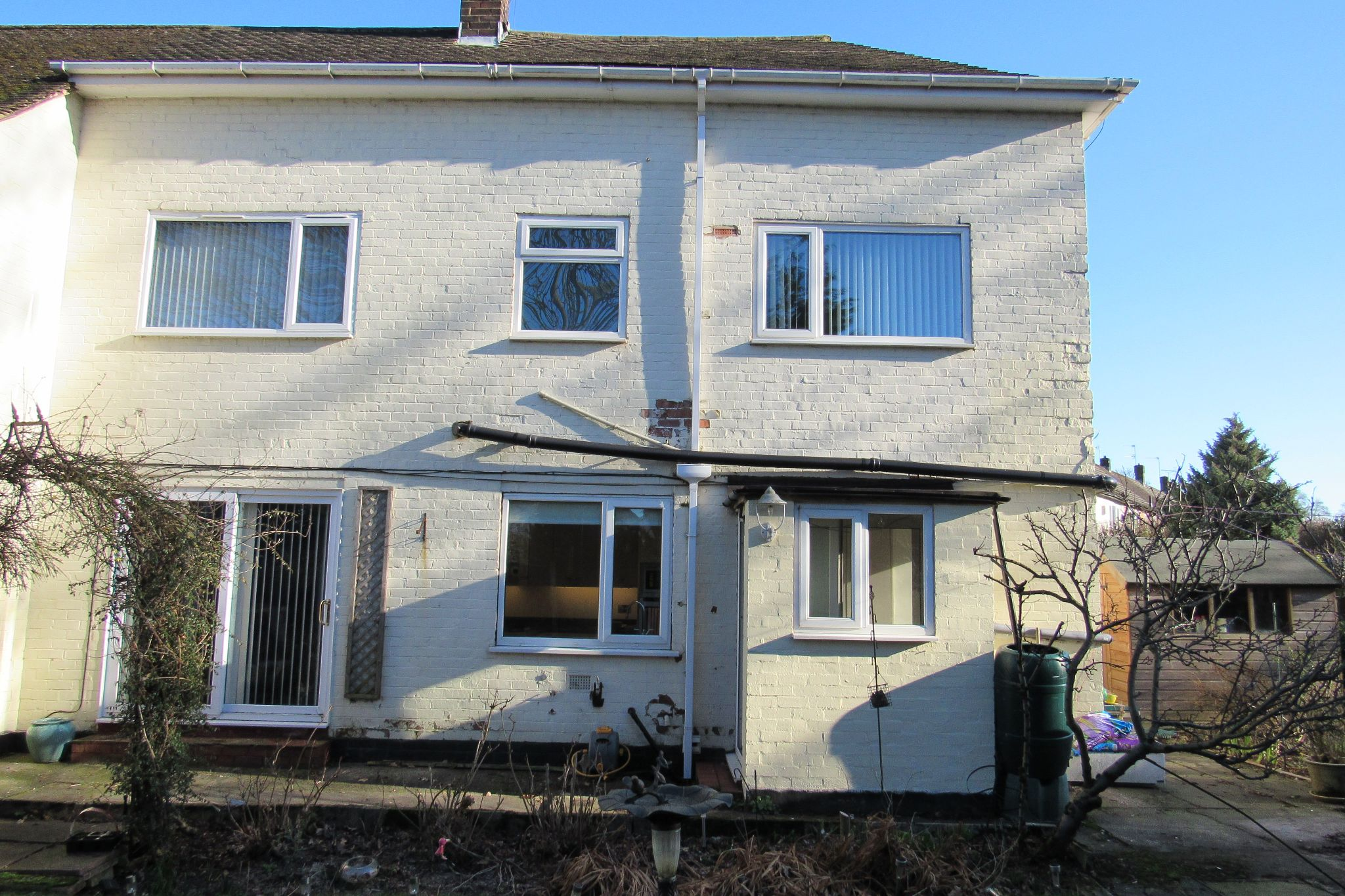 3 bedroom mid terraced house Sale Agreed in Manchester - Photograph 2.