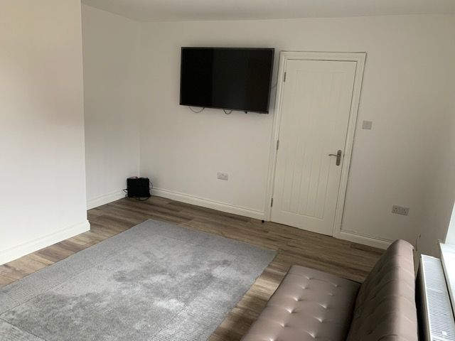 4 bedroom semi-detached house SSTC in Manchester - Photograph 4.