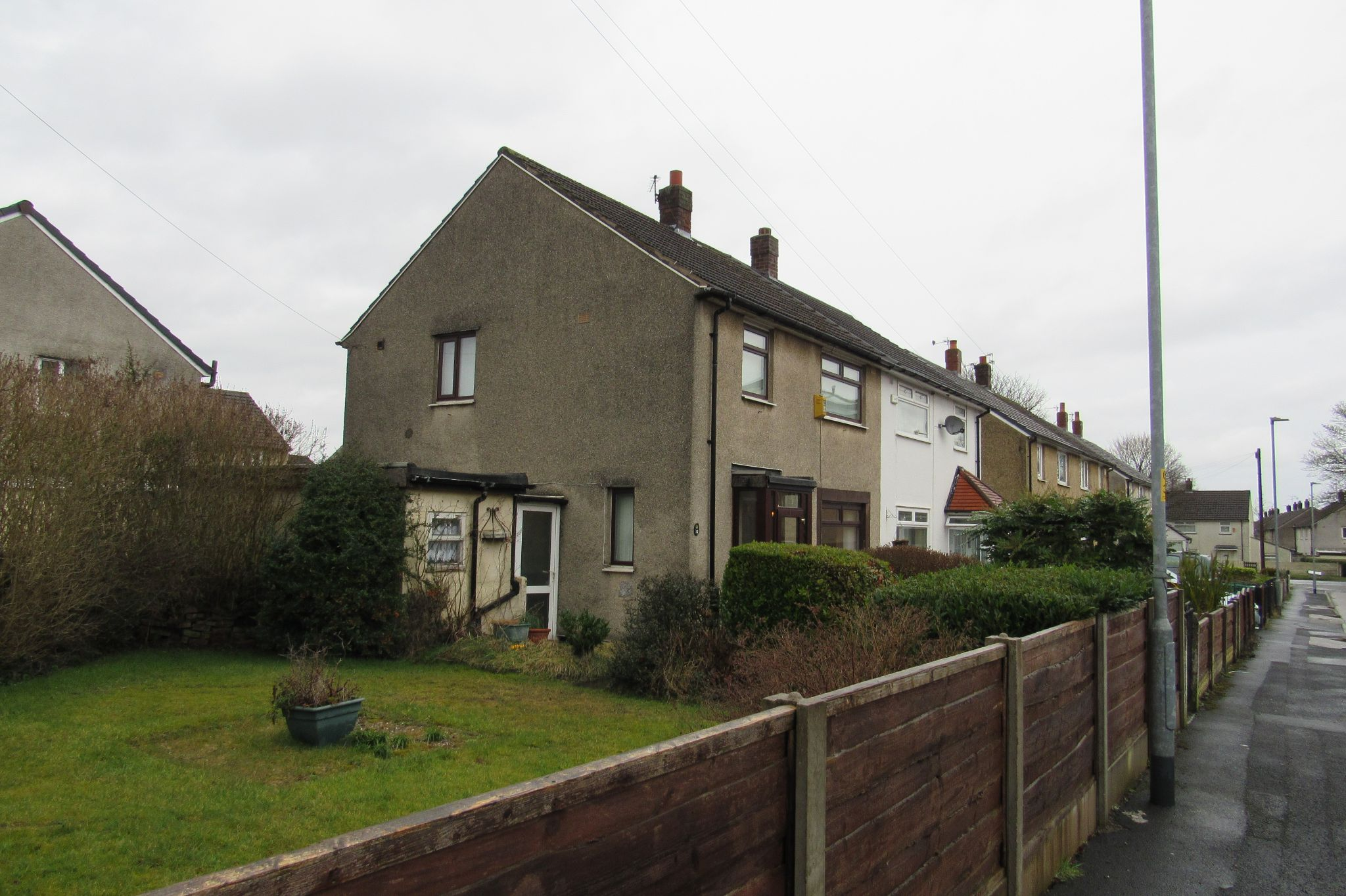 3 bedroom semi-detached house Sale Agreed in Manchester - Photograph 18.