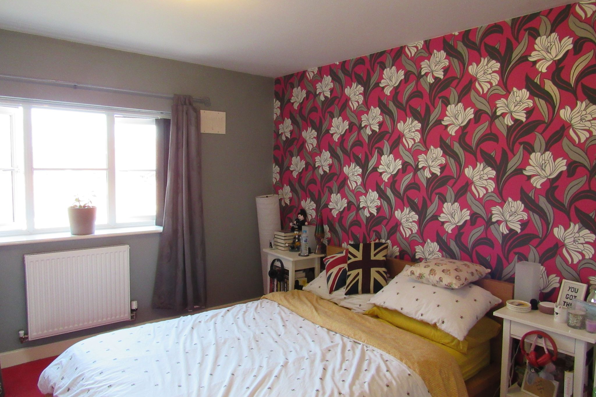 2 bedroom semi-detached house SSTC in Manchester - Photograph 9.