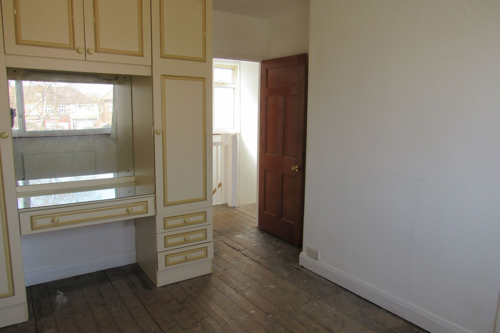 3 bedroom end terraced house SSTC in Manchester - Photograph 17.