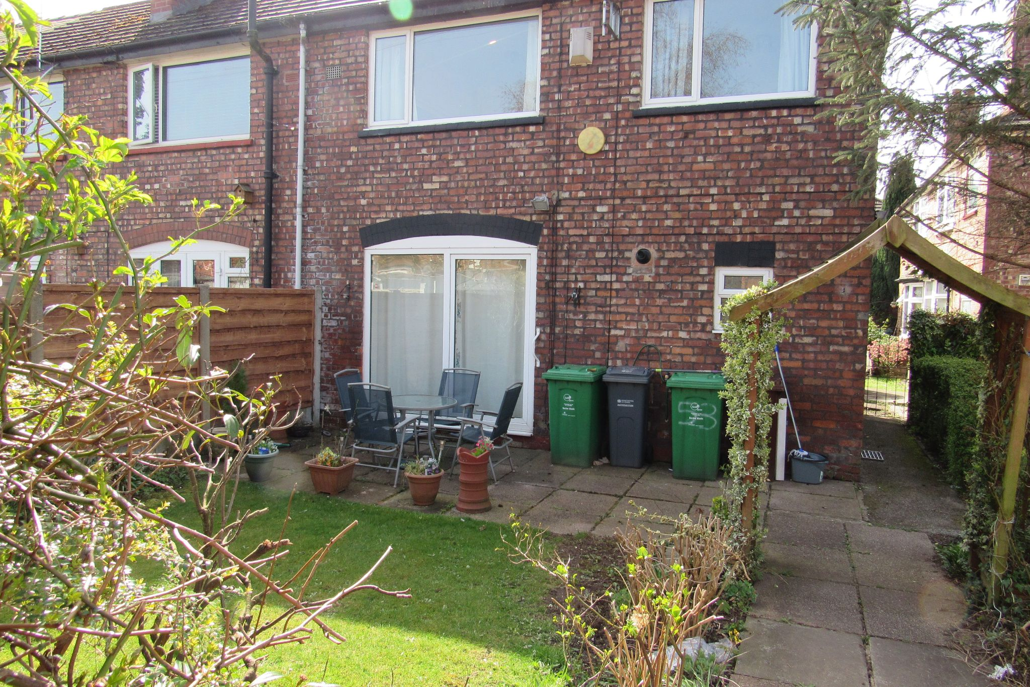 3 bedroom end terraced house SSTC in Manchester - Photograph 2.
