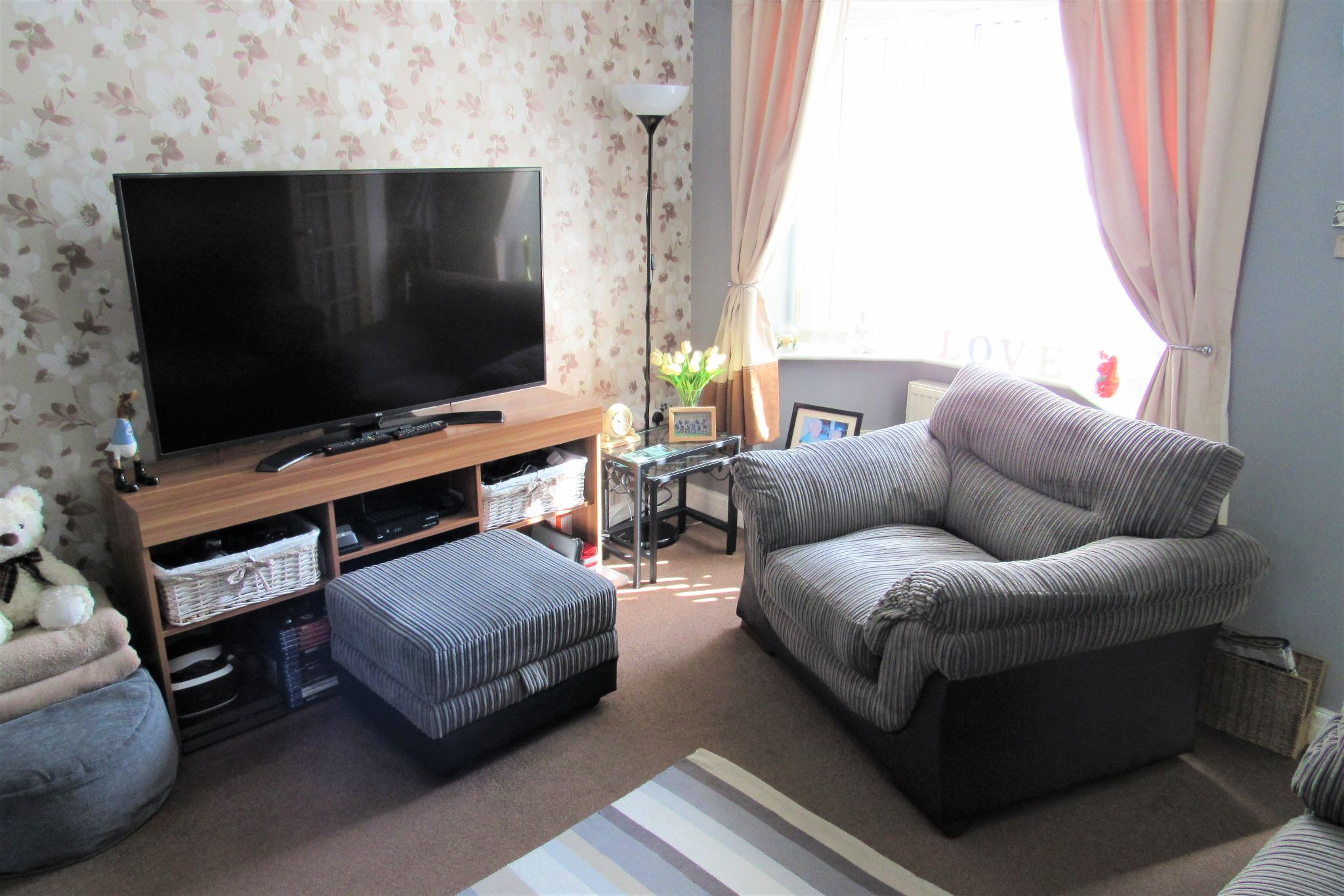 2 bedroom semi-detached house SSTC in Manchester - Photograph 6.