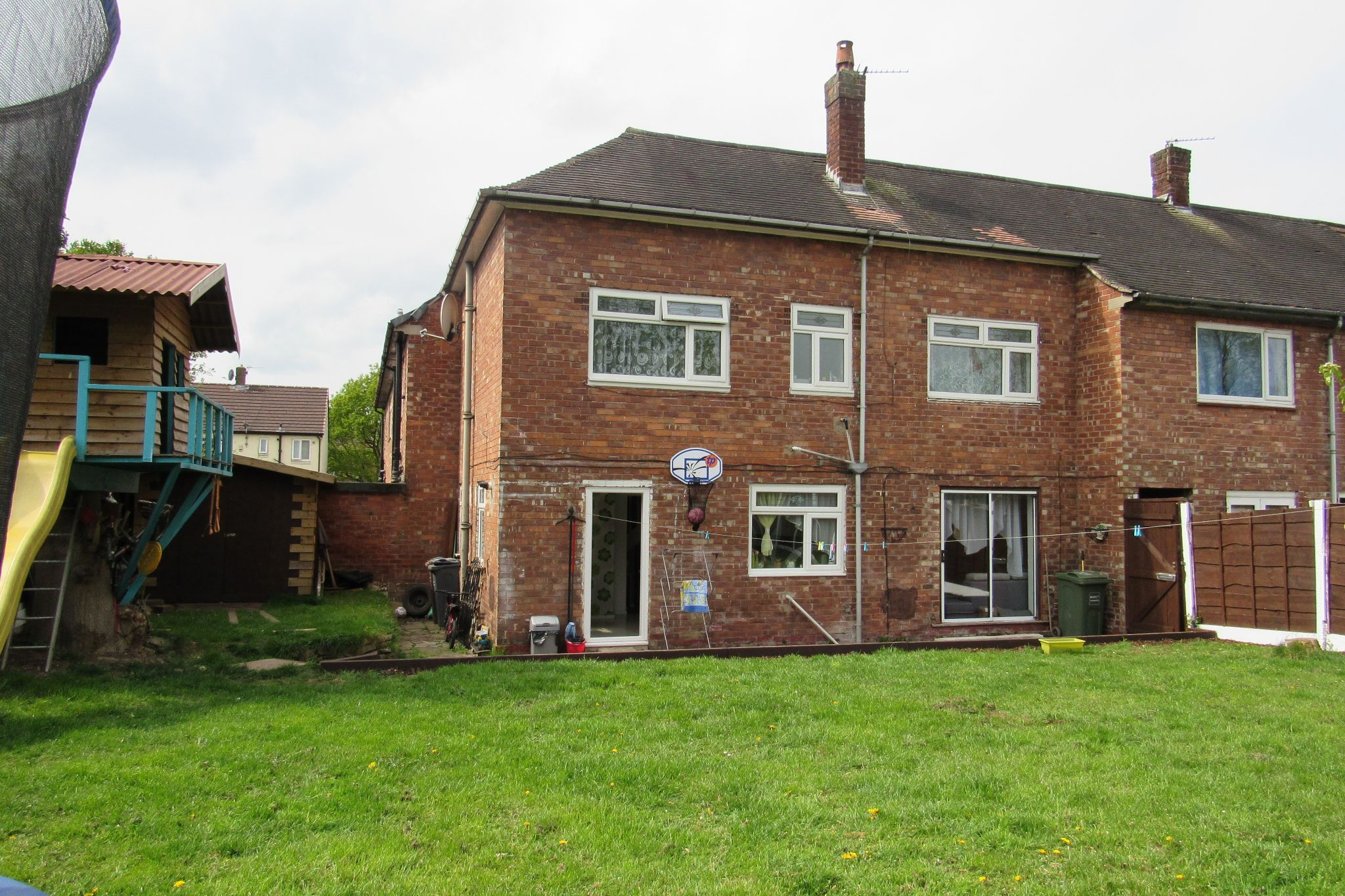 3 bedroom mid terraced house Sale Agreed in Manchester - Photograph 32.