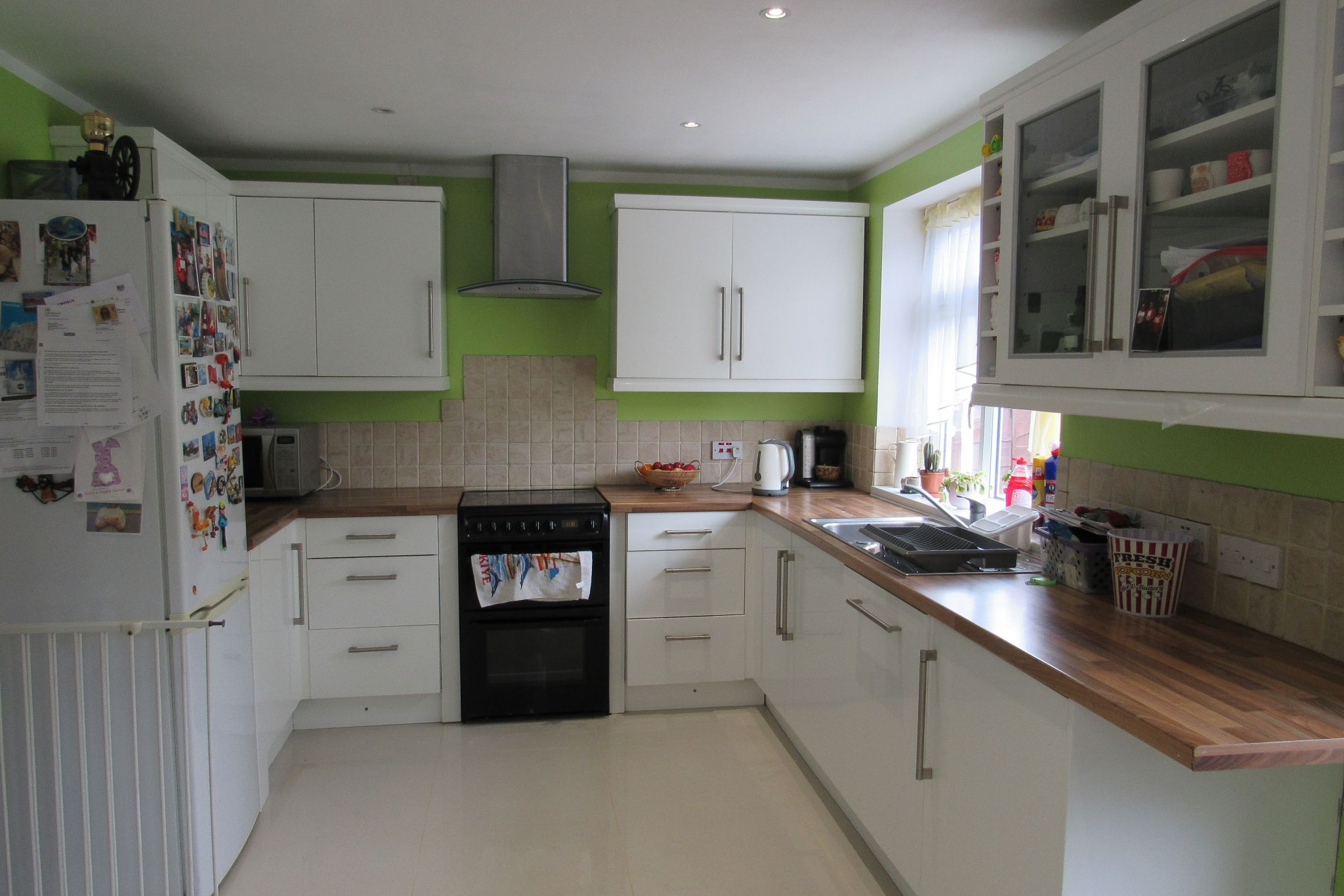 3 bedroom mid terraced house Sale Agreed in Manchester - Photograph 9.