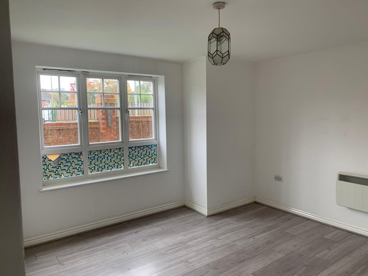 2 bedroom apartment flat/apartment Under Offer in Manchester - Photograph 3.