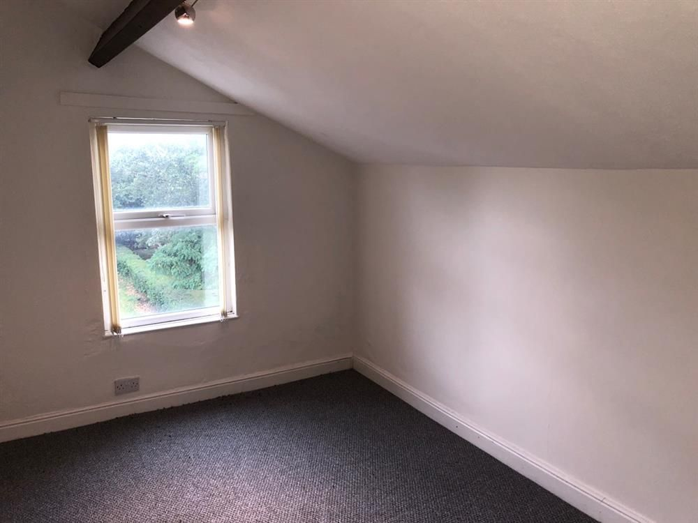 2 bedroom flat flat/apartment Let in Manchester - Photograph 6.