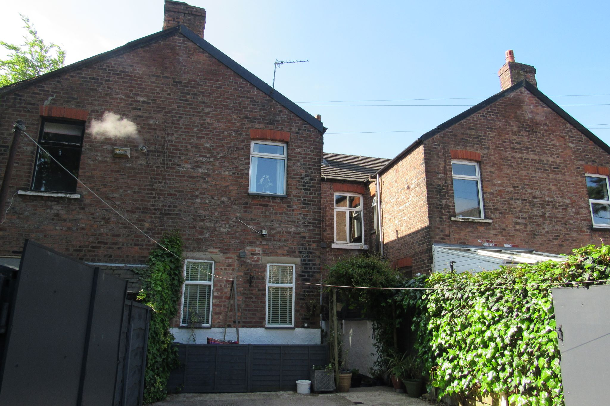 3 bedroom mid terraced house SSTC in Stockport - Photograph 39.