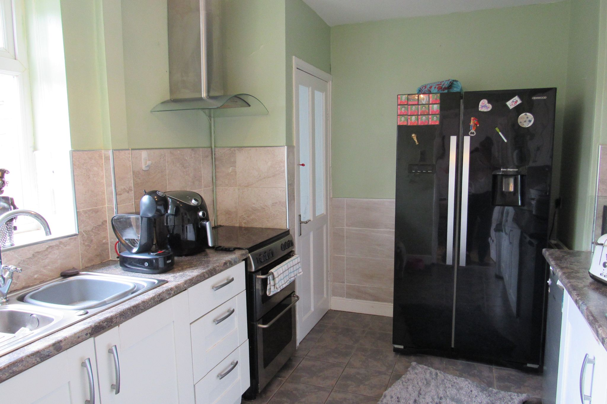 3 bedroom mid terraced house SSTC in Manchester - Photograph 6.