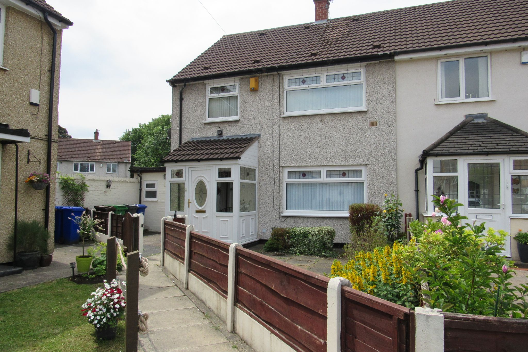 3 bedroom end terraced house SSTC in Manchester - Photograph 1.