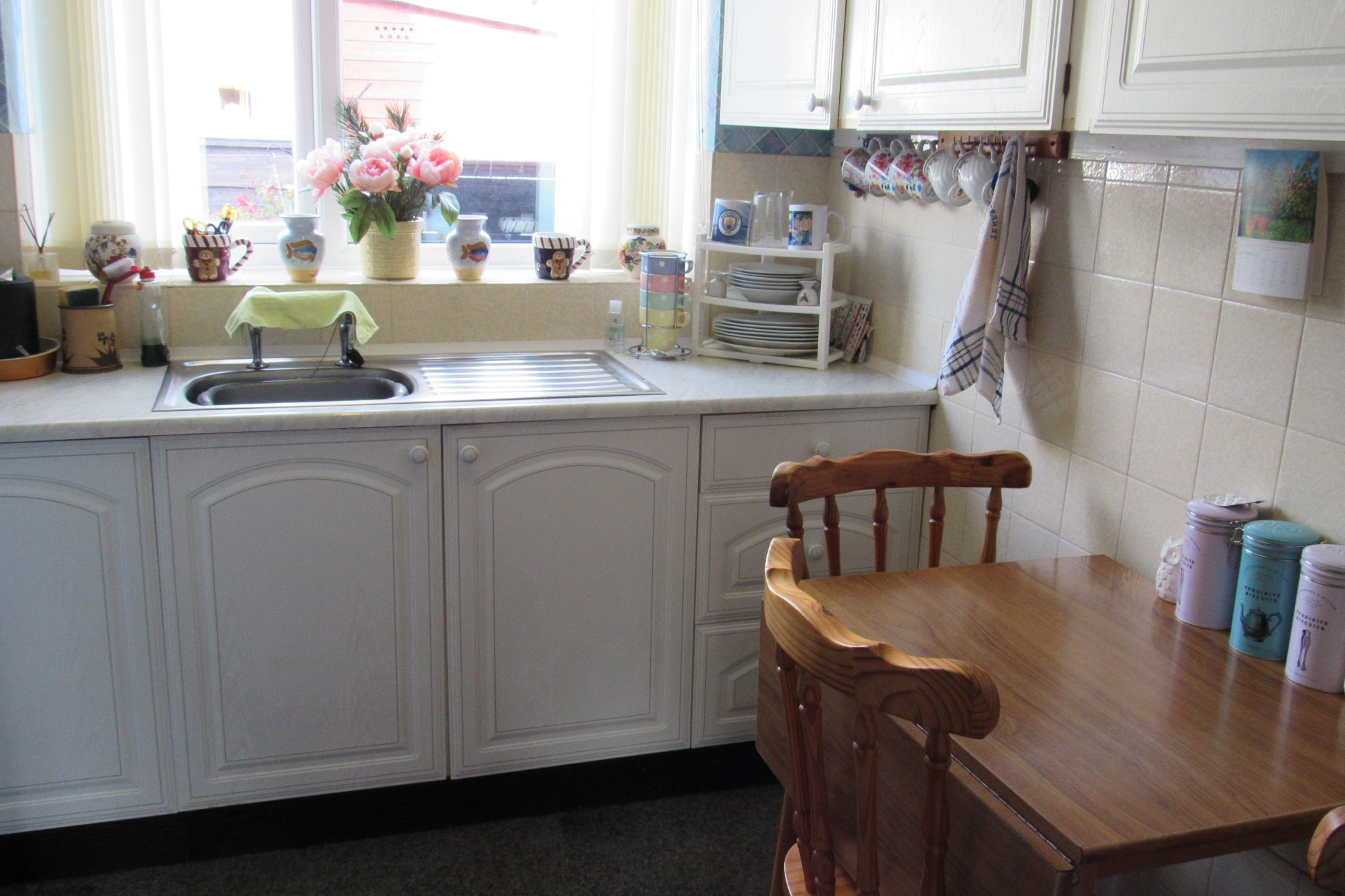 2 bedroom end terraced house Sale Agreed in Manchester - Photograph 6.
