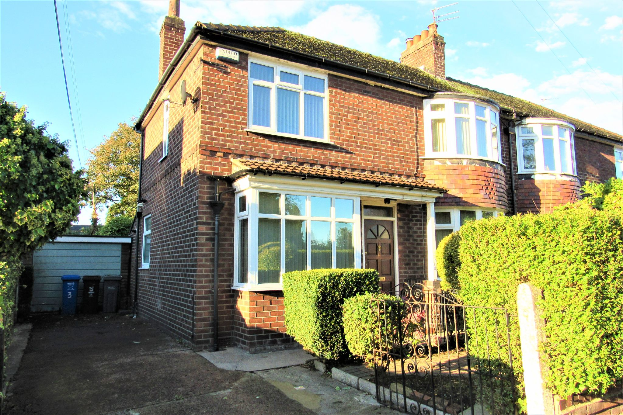 3 bedroom semi-detached house For Sale in Manchester - Photograph 5.