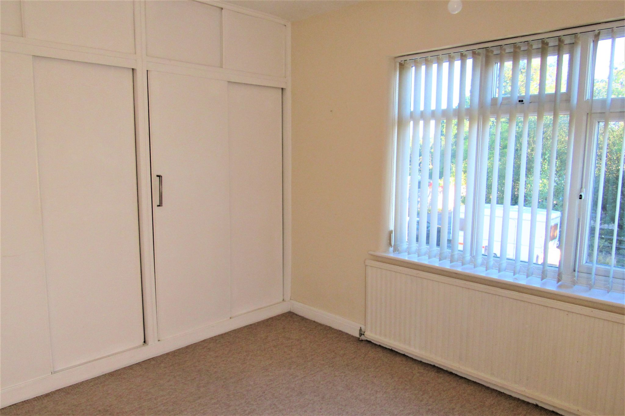 3 bedroom semi-detached house For Sale in Manchester - Photograph 22.