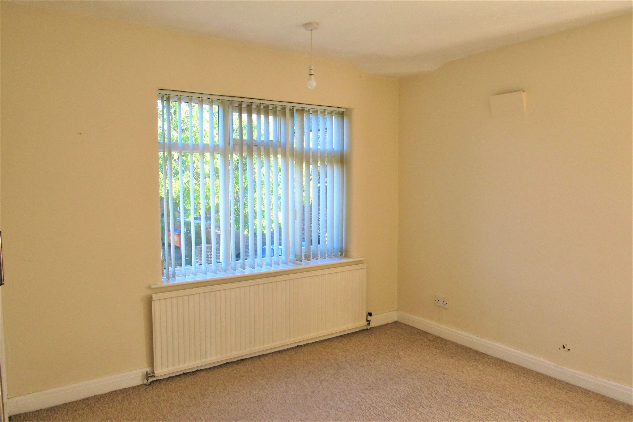 3 bedroom semi-detached house For Sale in Manchester - Photograph 21.