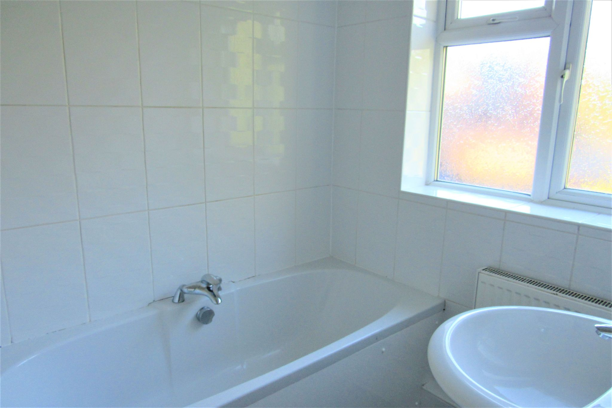 3 bedroom semi-detached house For Sale in Manchester - Photograph 23.