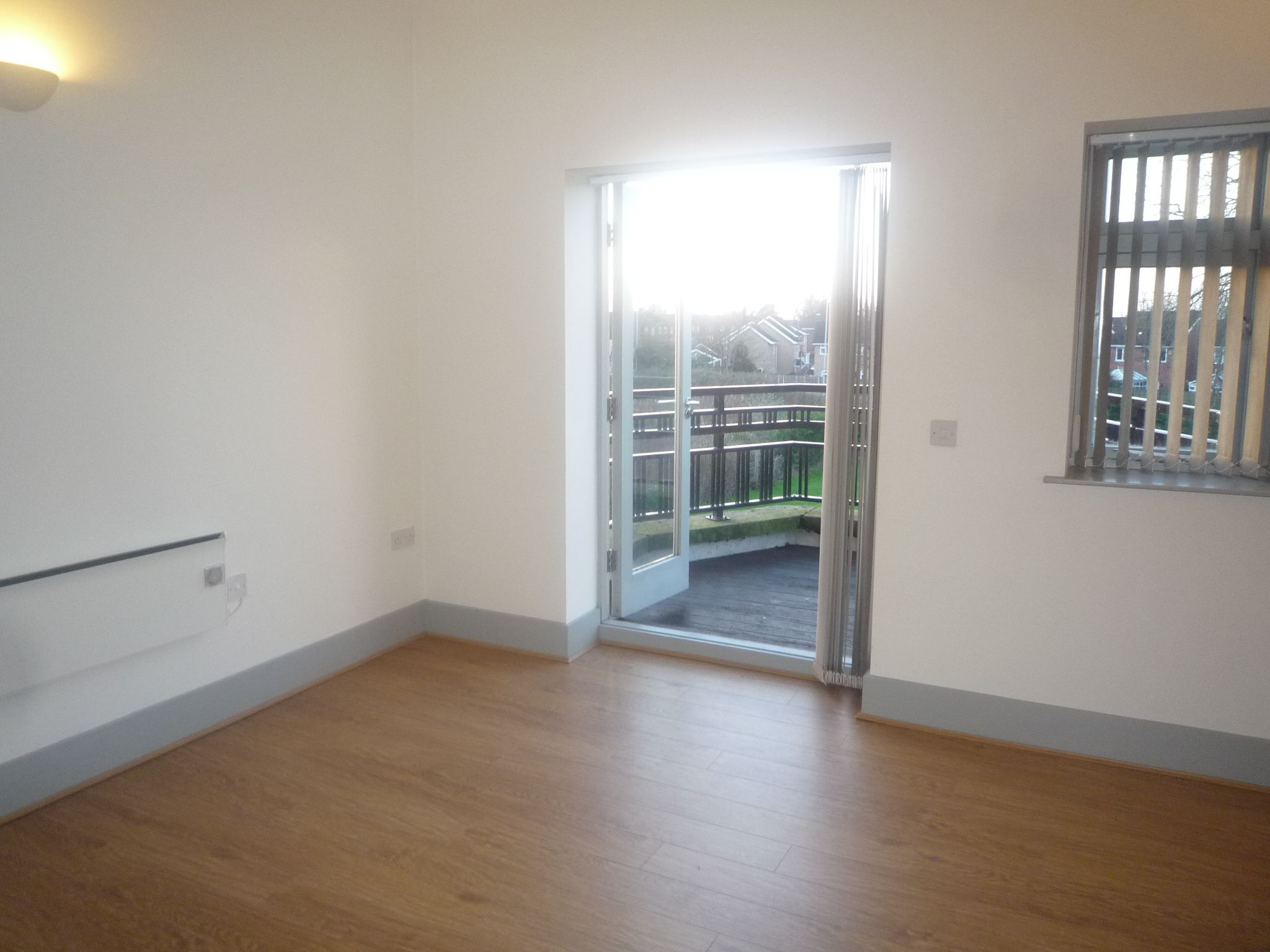 2 bedroom apartment flat/apartment For Sale in Cheadle - Photograph 5.