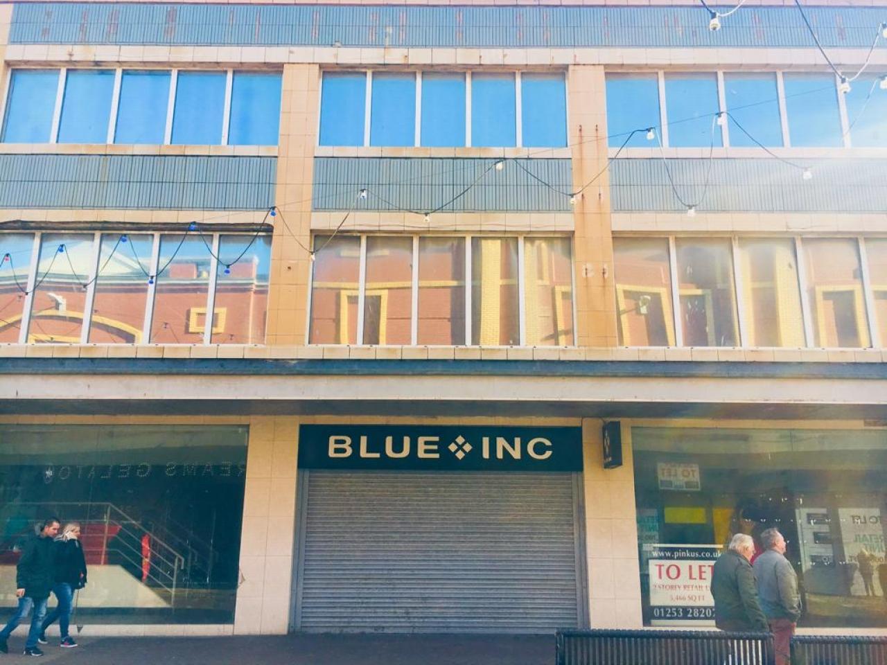 Empty Retail Premises To Rent - Photograph 1