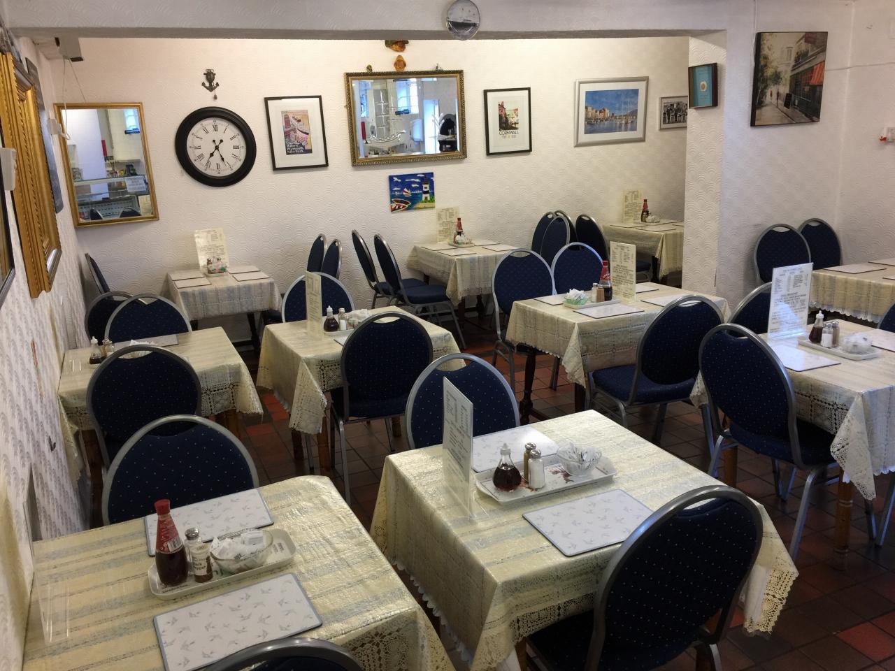 Café For Sale - Photograph 3