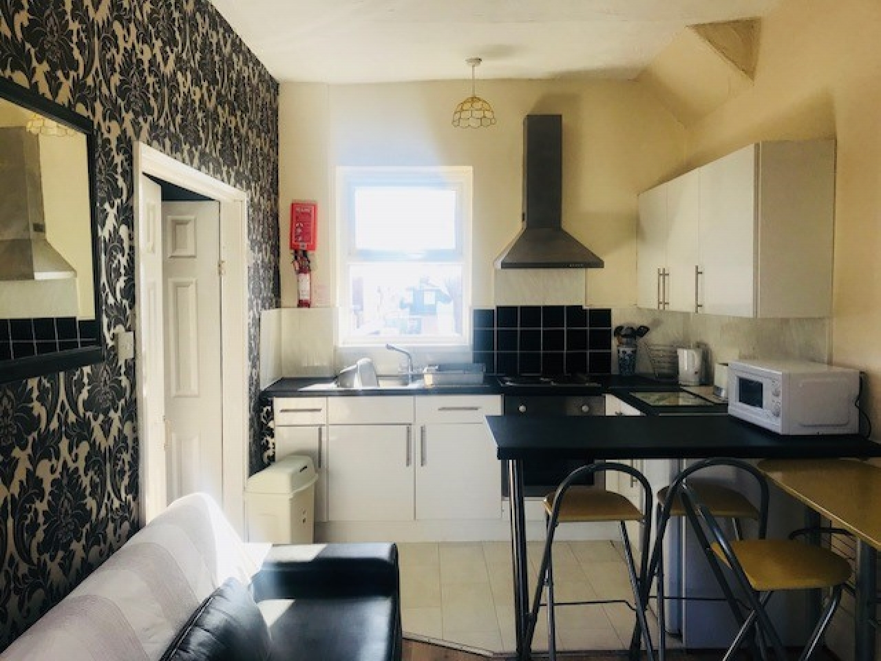 Holiday Flats For Sale - Photograph 8