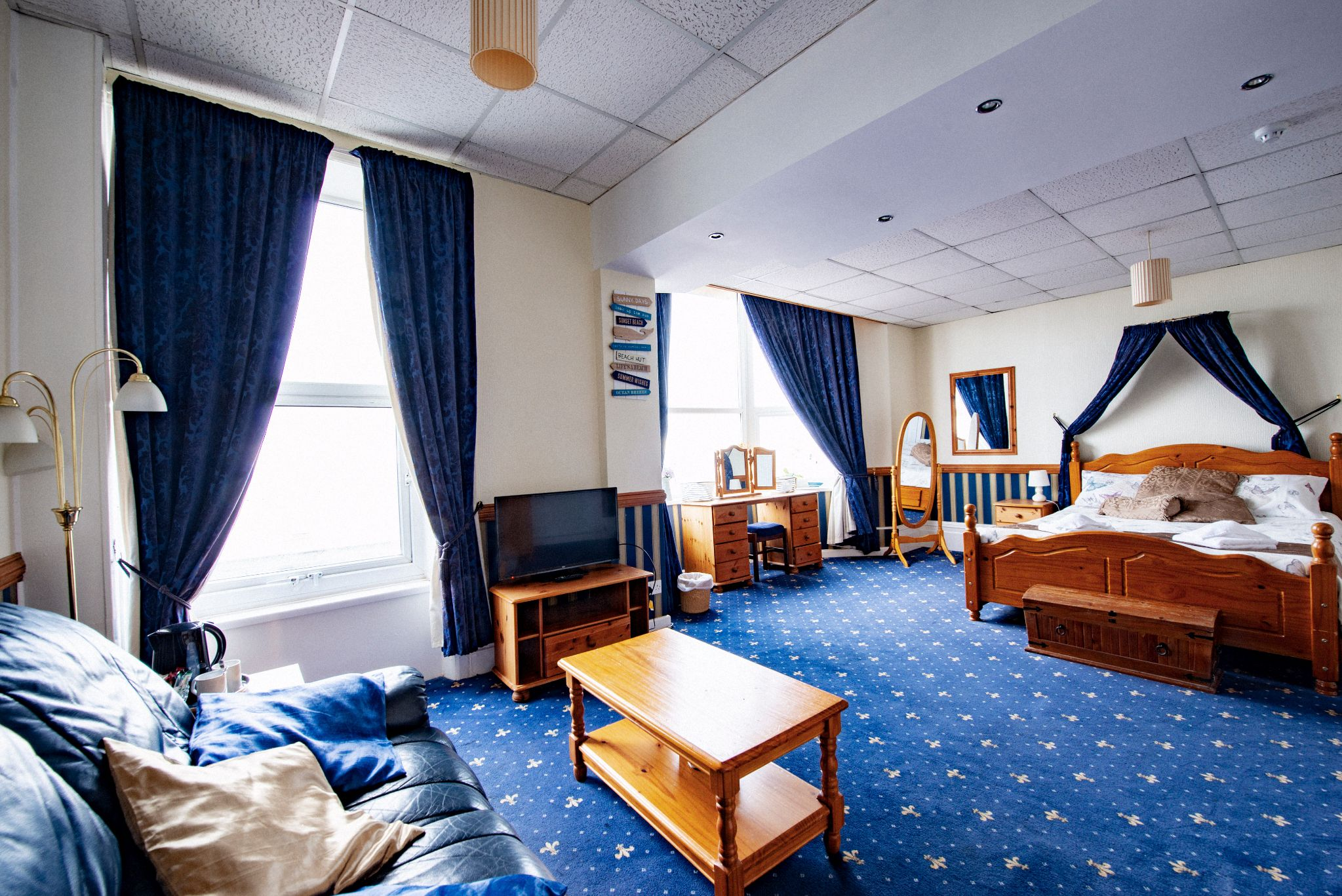 30 Bedroom Hotel For Sale - Photograph 18