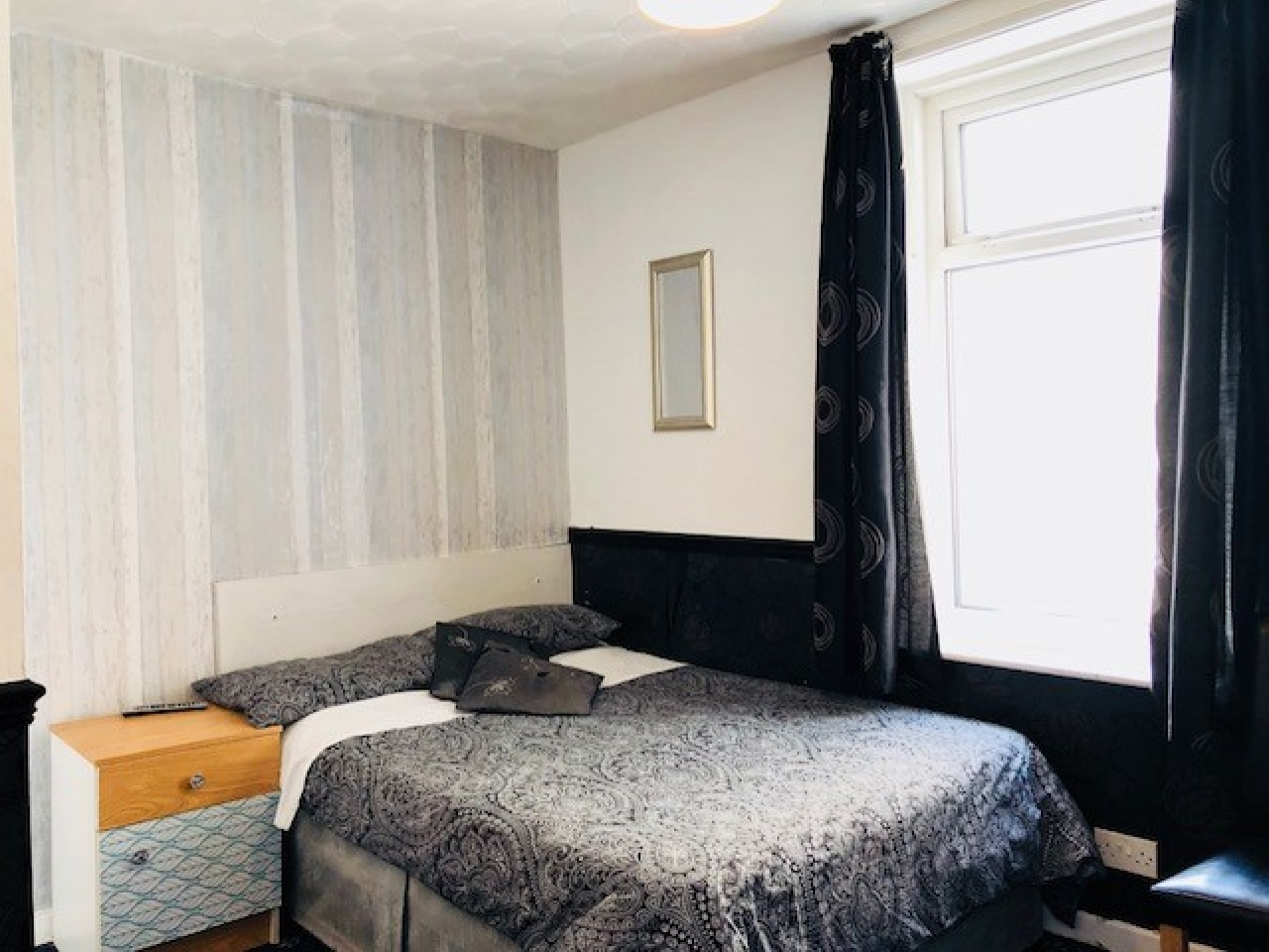 12 Bedroom Hotel For Sale - Photograph 9