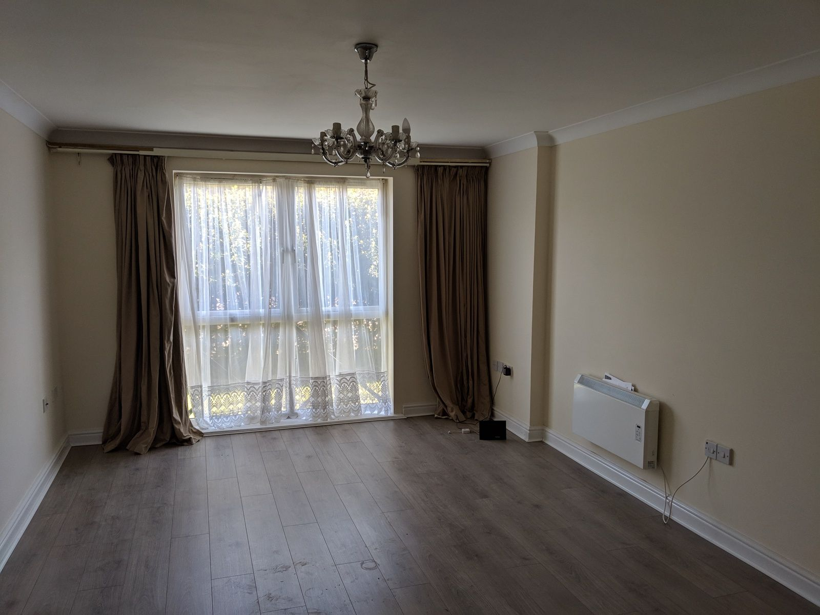 2 bedroom flat flat/apartment To Let in Ipswich - Photograph 3