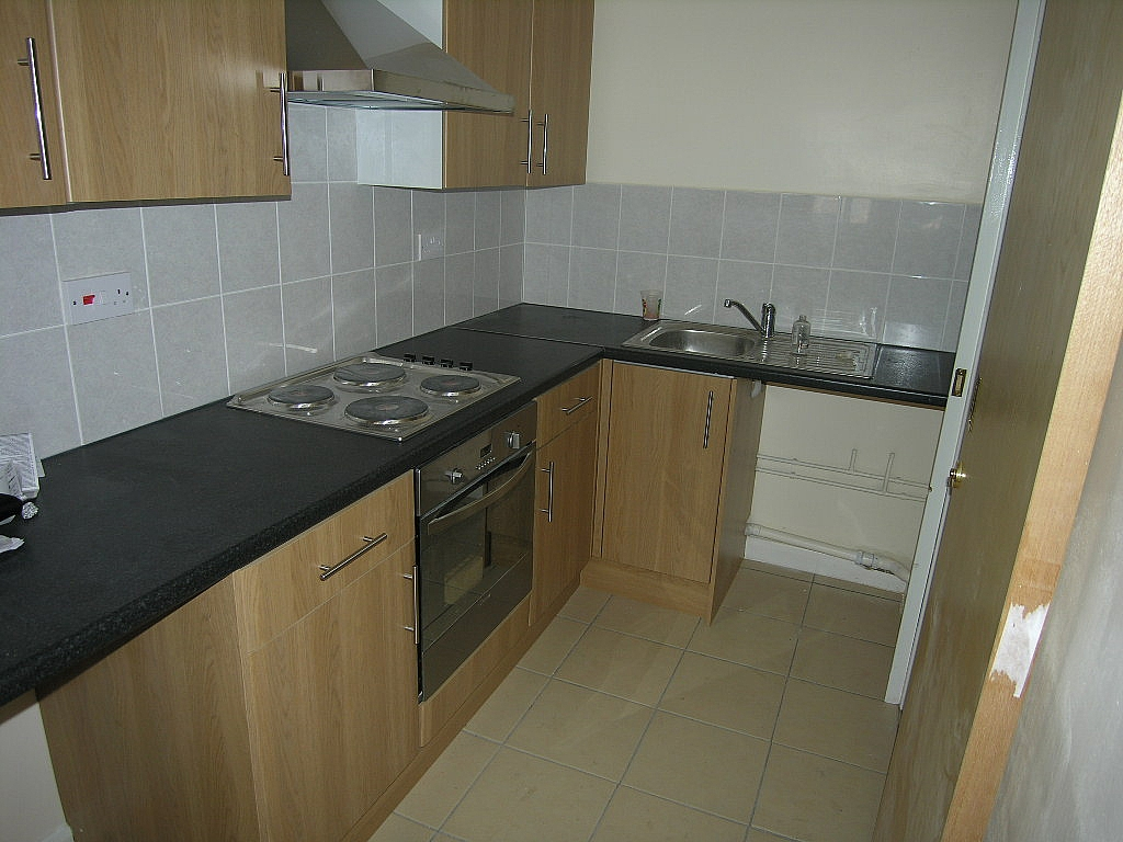 Flat/apartment To Let in Ipswich - Photograph 2