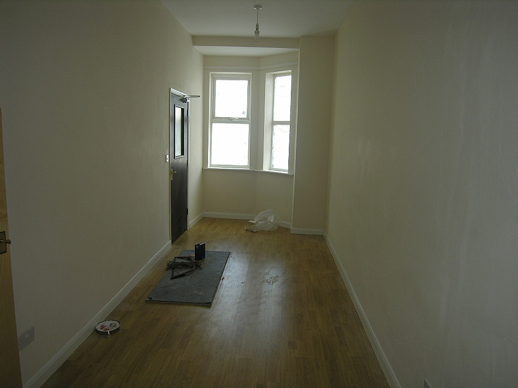 Flat/apartment To Let in Ipswich - Photograph 3