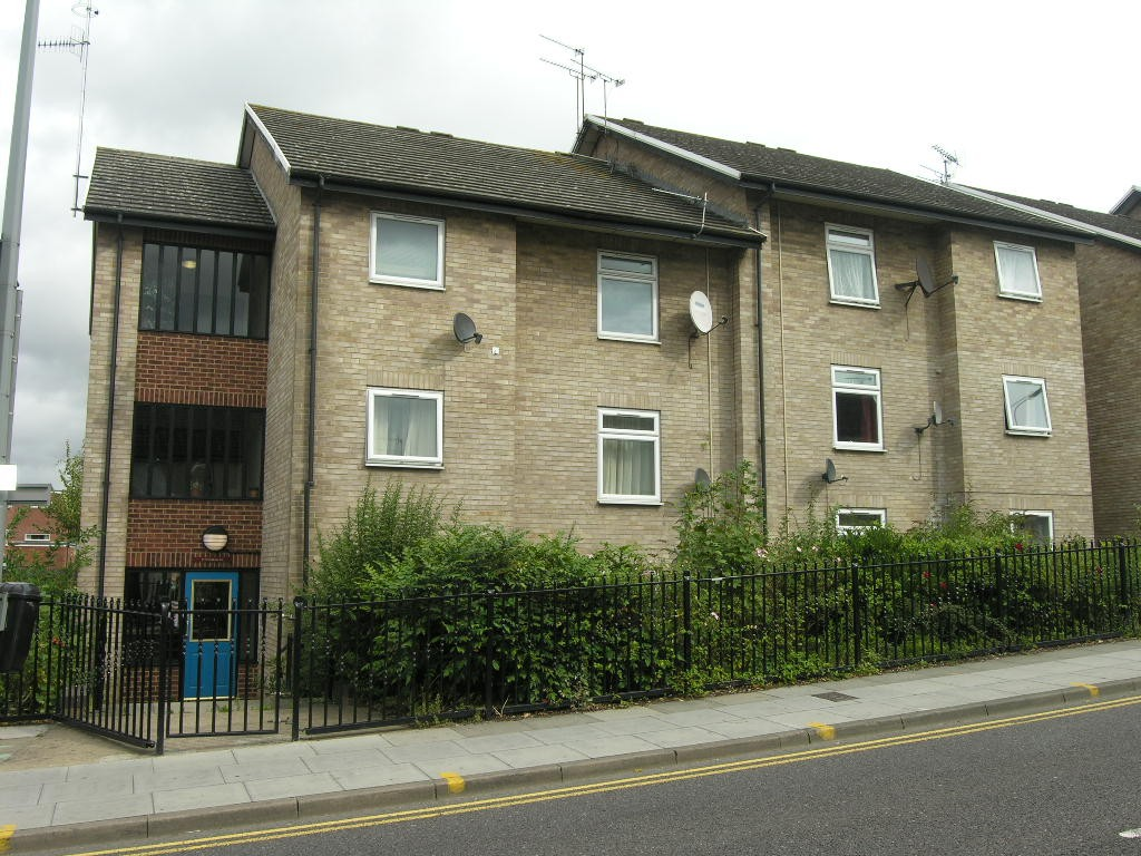 2 bedroom ground floor flat/apartment SSTC in Ipswich - 0