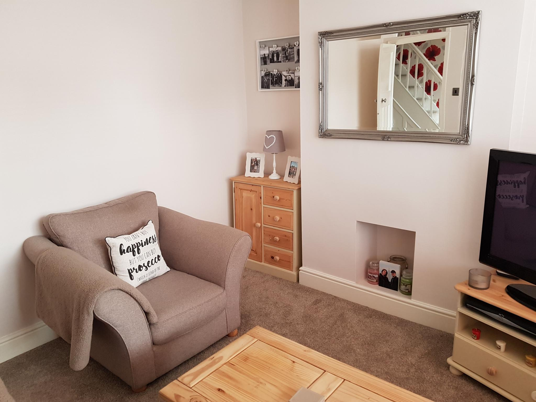 3 bedroom mid terraced house SSTC in Ipswich - 4