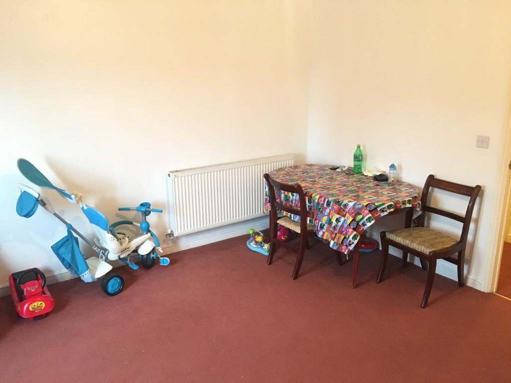 2 bedroom flat flat/apartment SSTC in Ipswich - 0