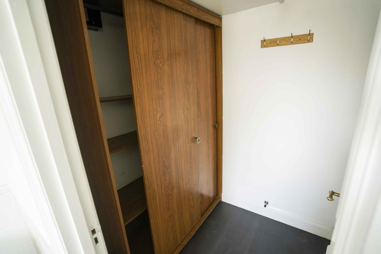 Studio Flat/apartment To Let in Ipswich - Photograph 5