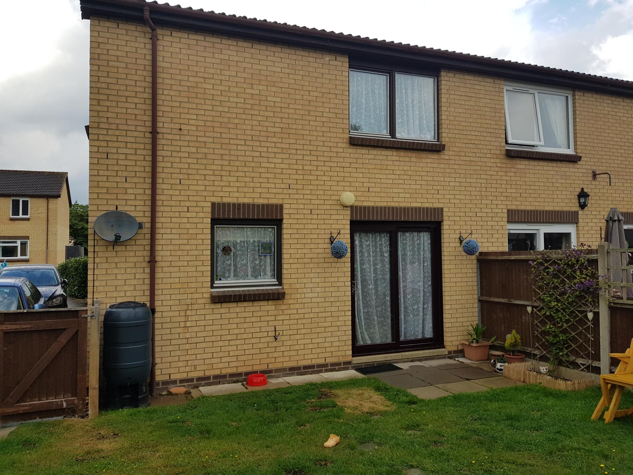 2 bedroom semi-detached house SSTC in Rendlesham, Woodbridge - Photograph 9