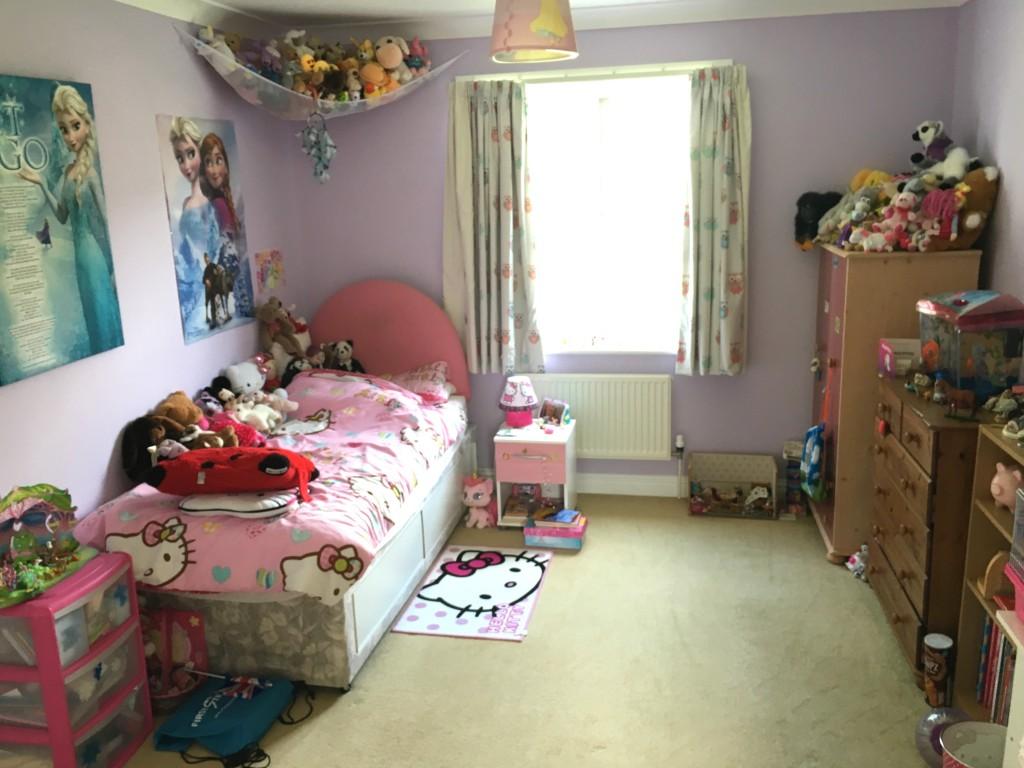 5 bedroom detached house SSTC in Rendlesham - 0
