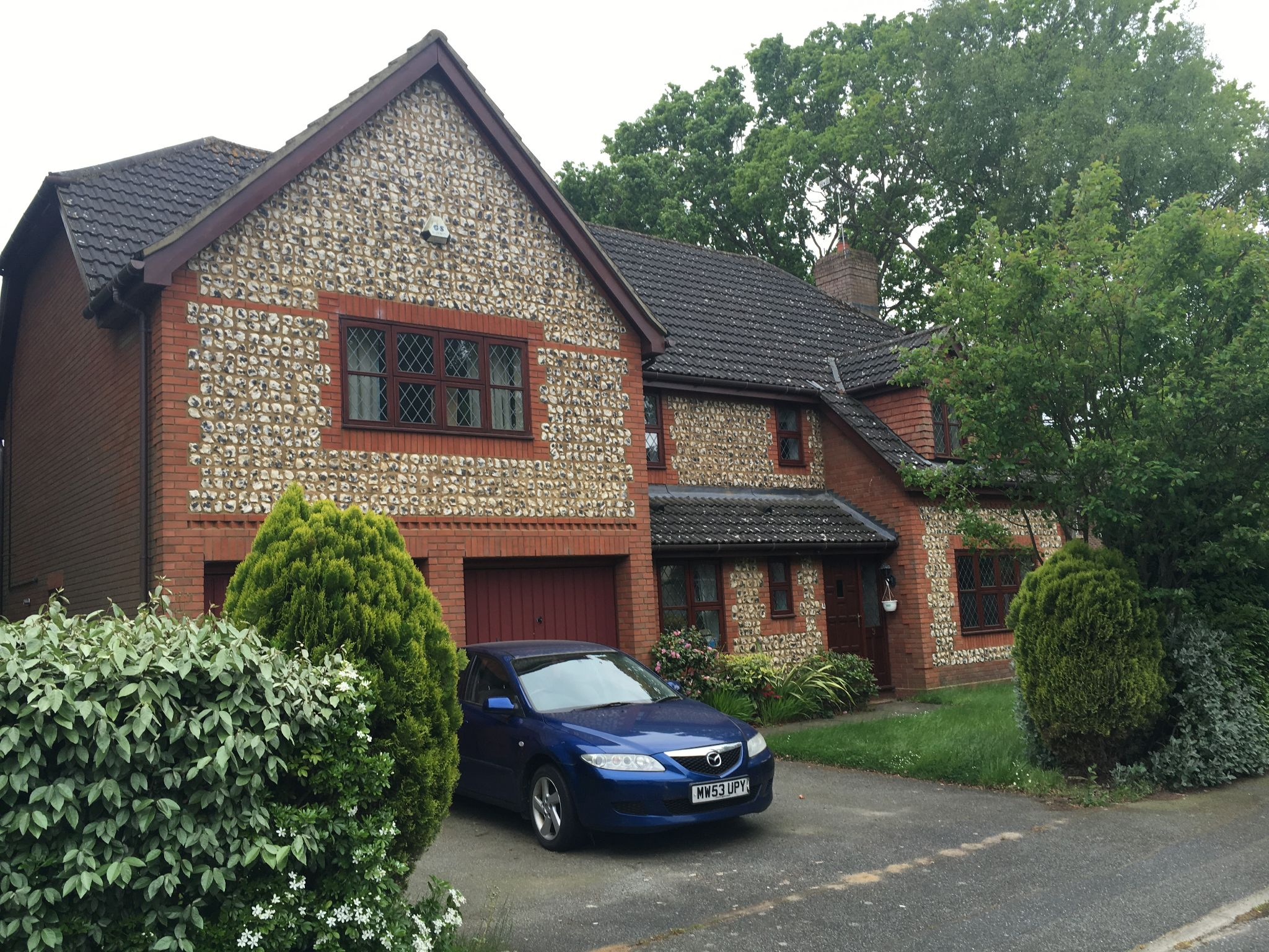5 bedroom detached house Let in Ipswich - Photograph 1