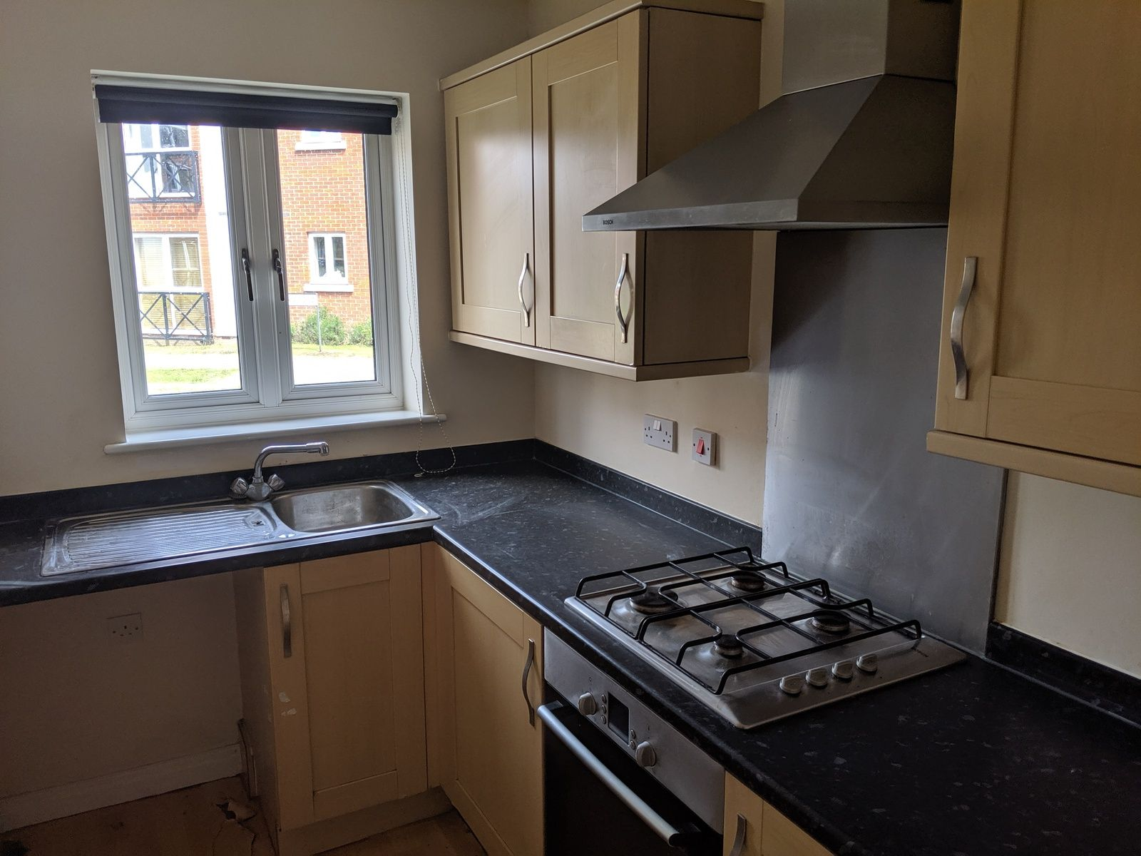 2 bedroom mid terraced house For Sale in Ipswich - Photograph 3