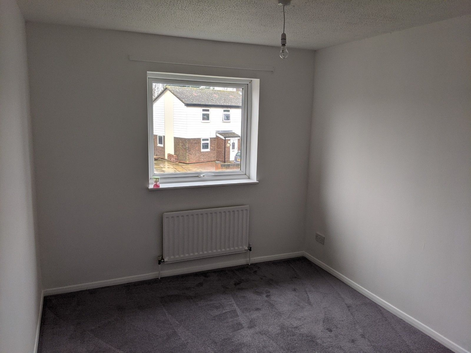 3 bedroom mid terraced house To Let in Ipswich - Photograph 8