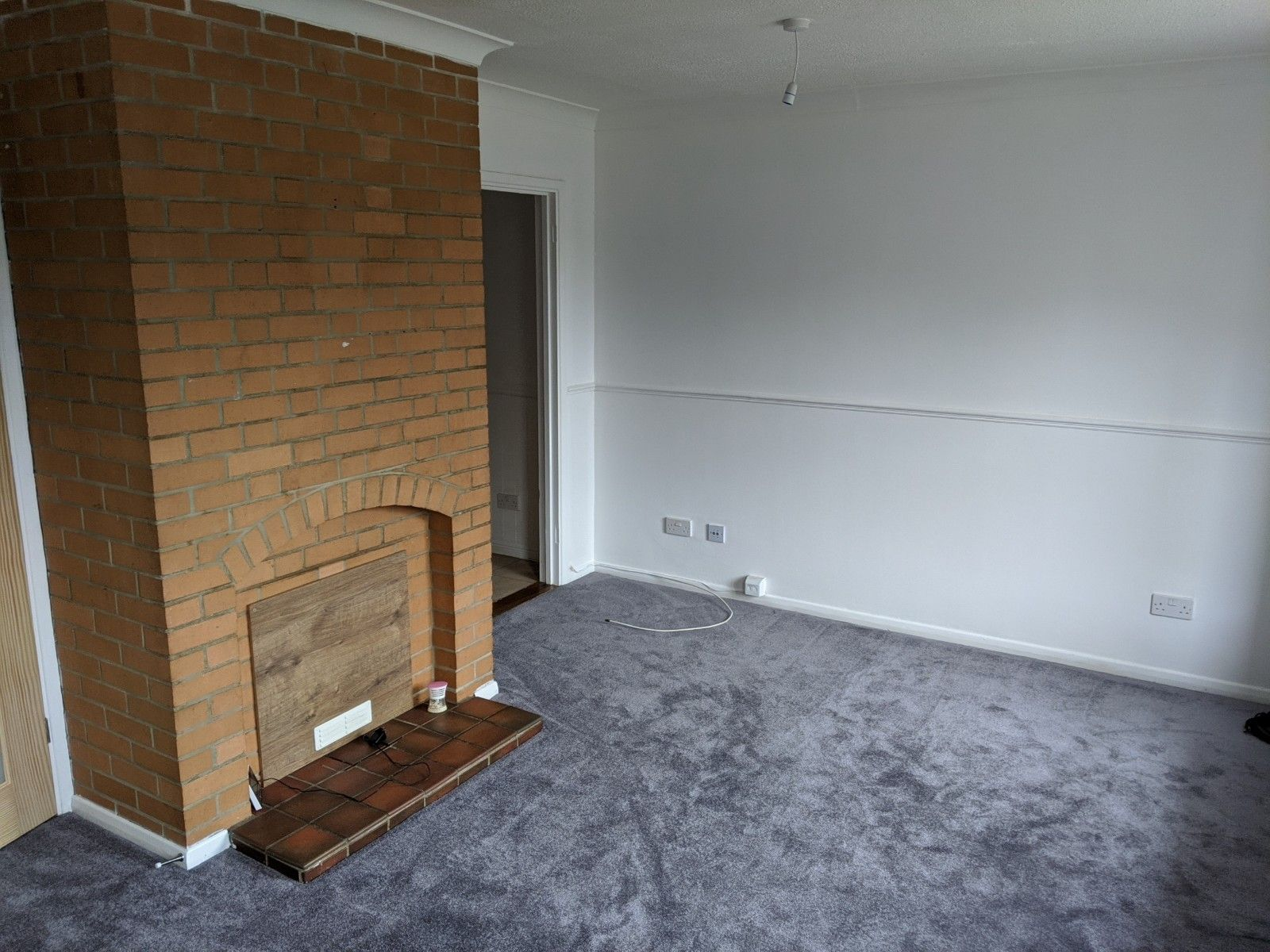 3 bedroom mid terraced house To Let in Ipswich - Photograph 5