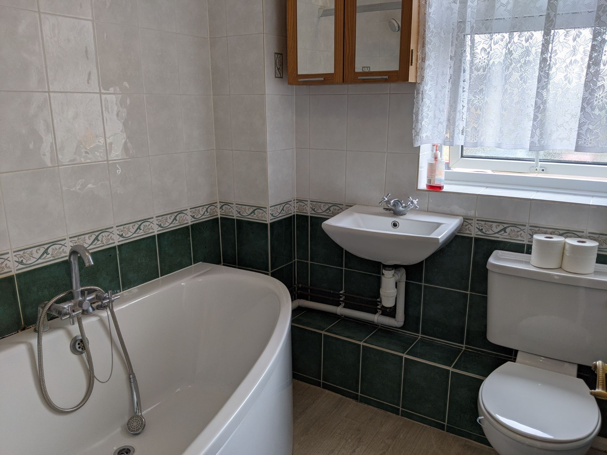 3 bedroom end terraced house To Let in Ipswich - Photograph 8