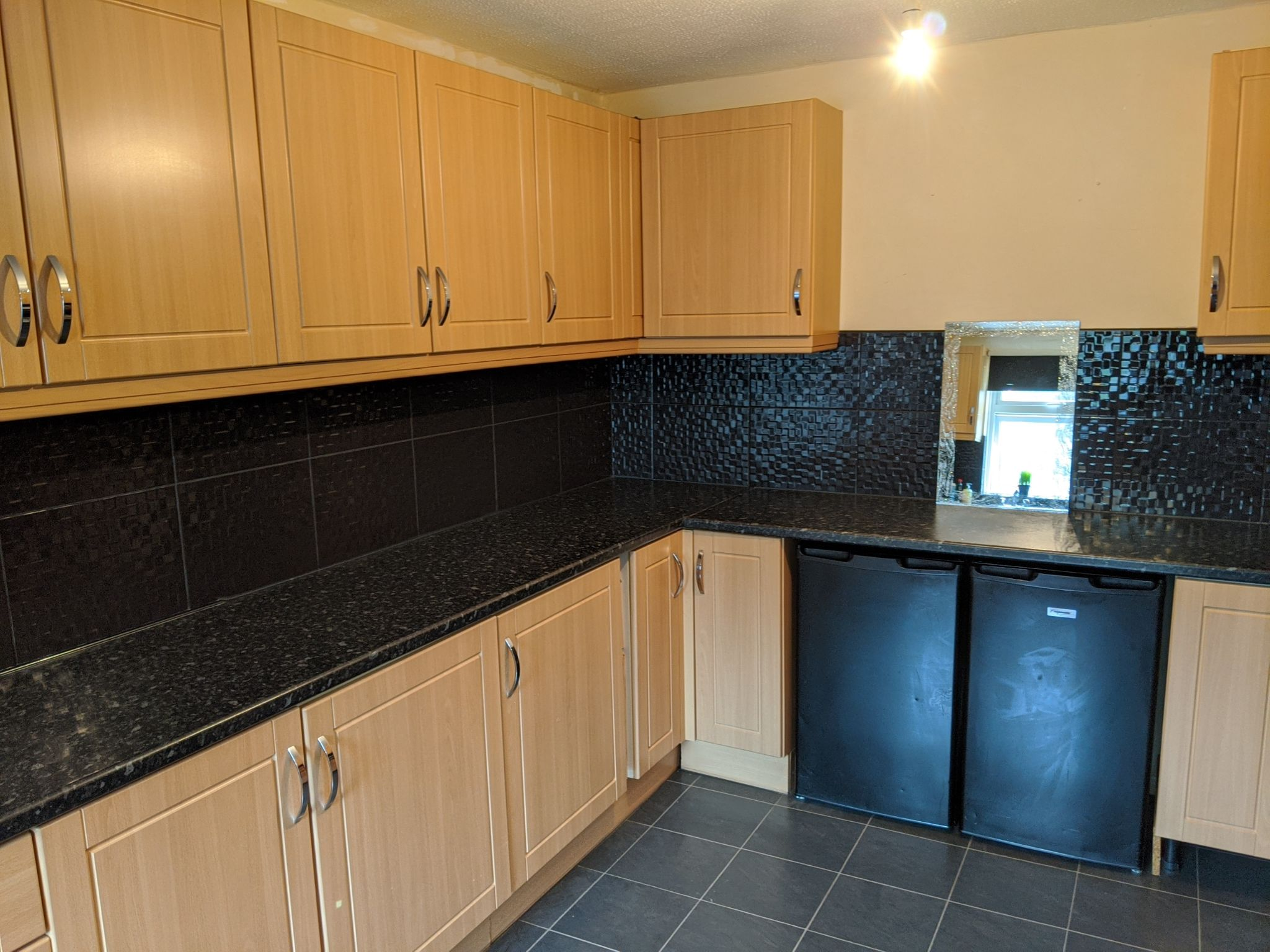 3 bedroom end terraced house To Let in Ipswich - Photograph 3
