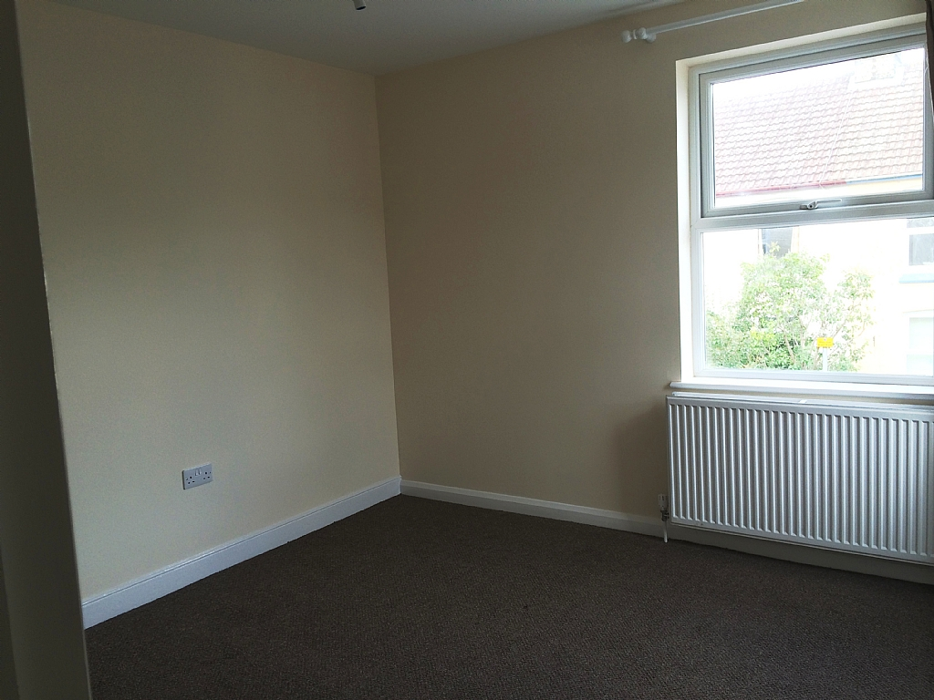 Flat Flat/apartment To Let in Ipswich - Photograph 3