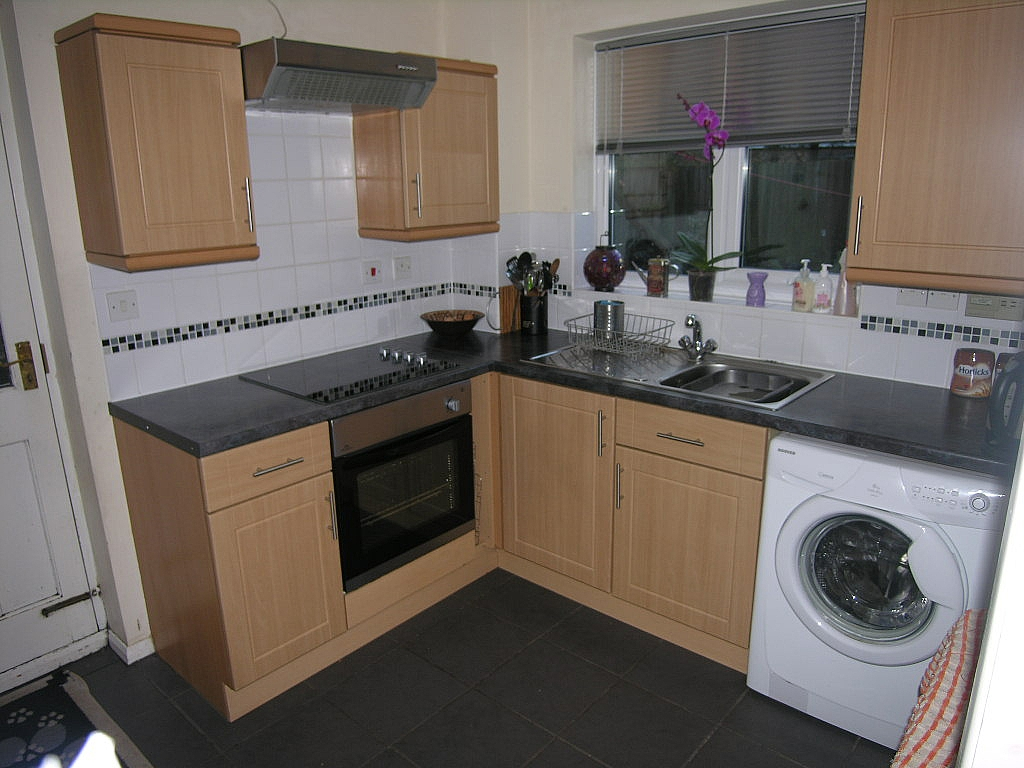 3 bedroom detached house To Let in Kesgrave - Photograph 7