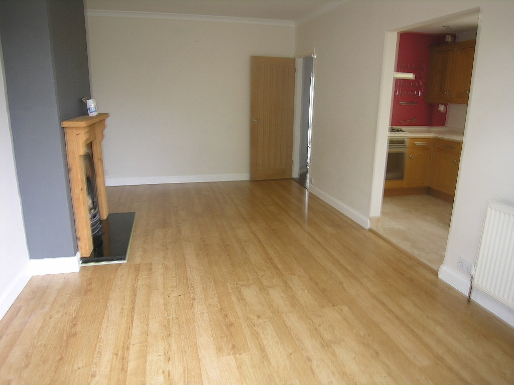 3 bedroom semi-detached house To Let in Ipswich - Photograph 9