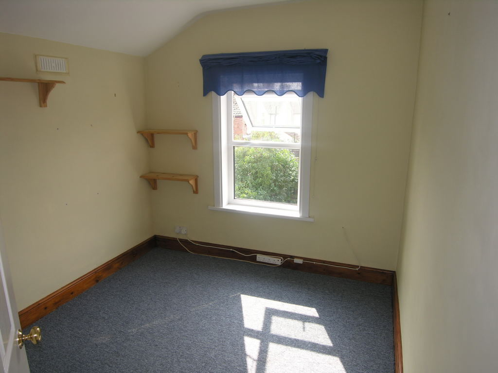 3 bedroom semi-detached house To Let in Ipswich - 6